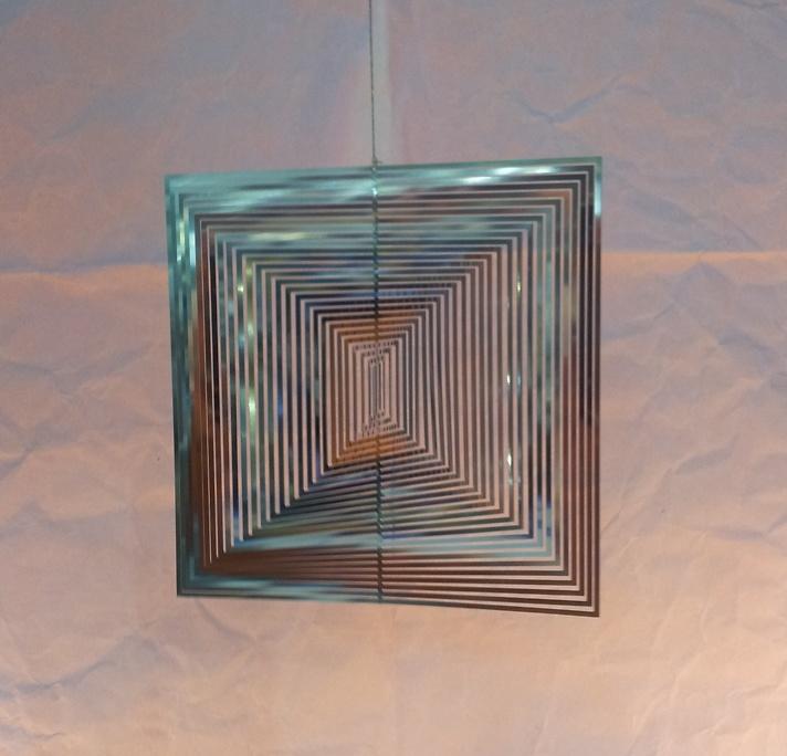 Wind mobile square spiral