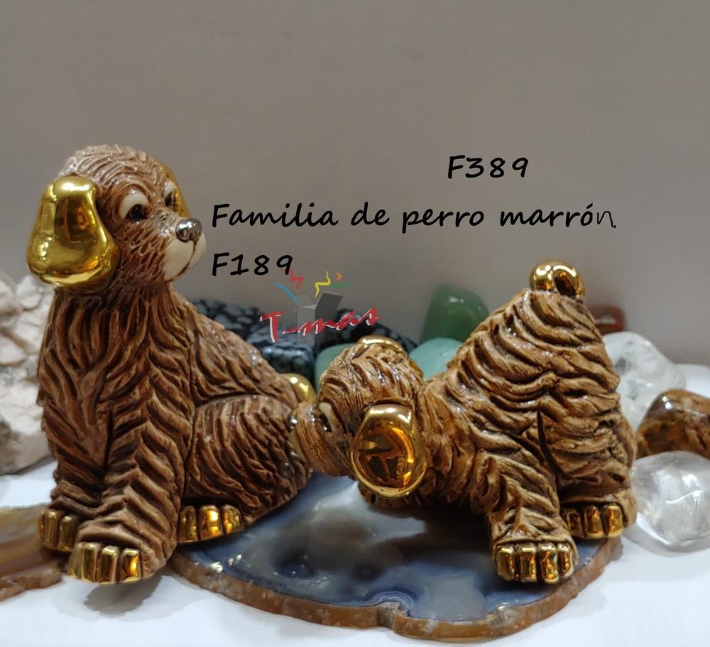 Familia de perros marrones - DeRosa Rinconada