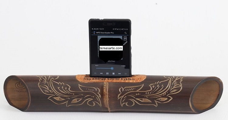 Handmade speaker with Javanese carving. Handmade Bamboo Speakers