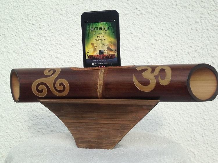 Speaker-bamboo-carved-triskel-om
