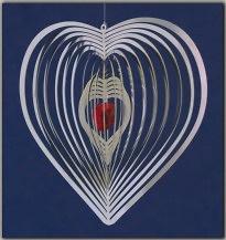 Móvil de viento espiral corazón, con corazón de cristal
