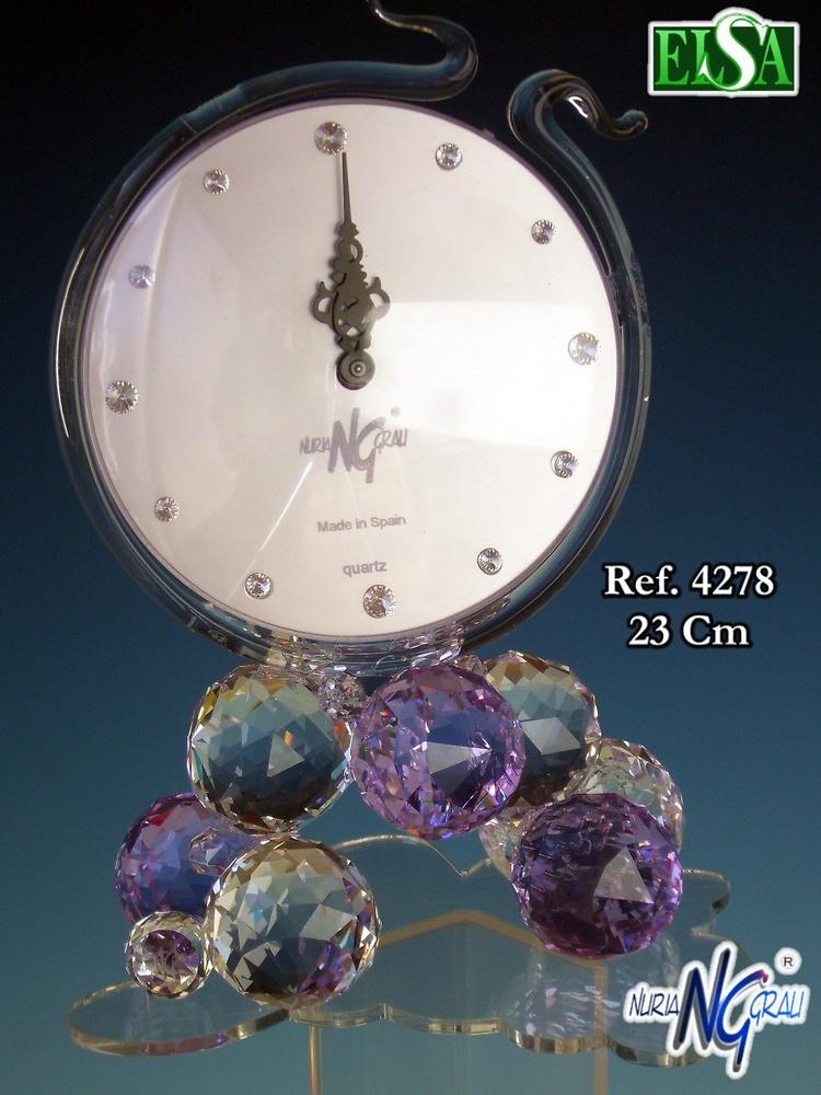 Nuria Grau - Table Clock