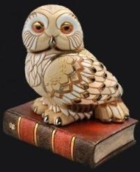 Rinconada - owl with book XL449