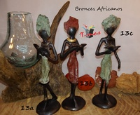 African women reading - African Bronzes